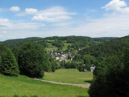 Talblick im Anstieg auf Annaberg-Buchholz