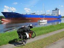Schiff auf dem Nord-Ostsee Kanal